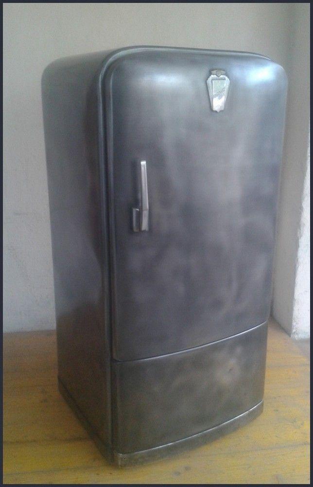 frigo vintage de marque frigidaire, transformé en meuble de ... - My Design Meuble