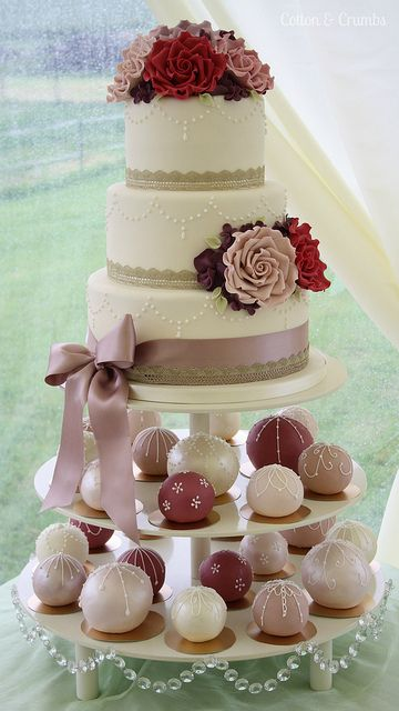 mini wedding cakes delivered spheres cake and bake cake mini cakes and 17424