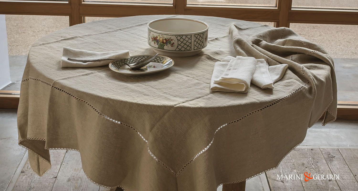 Interior Design Square And Rounded Tablecloths Custom High Quality Embroidered Linen Tablecloths In 2020 Table Cloth Linen Tablecloth Italian Linens