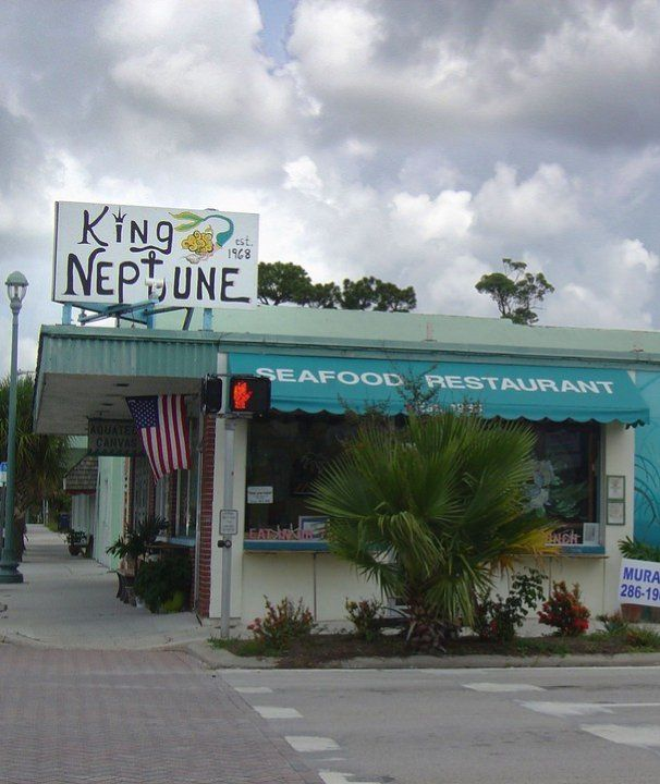 14 Good Hole In The Walls In Florida 14 King Neptune