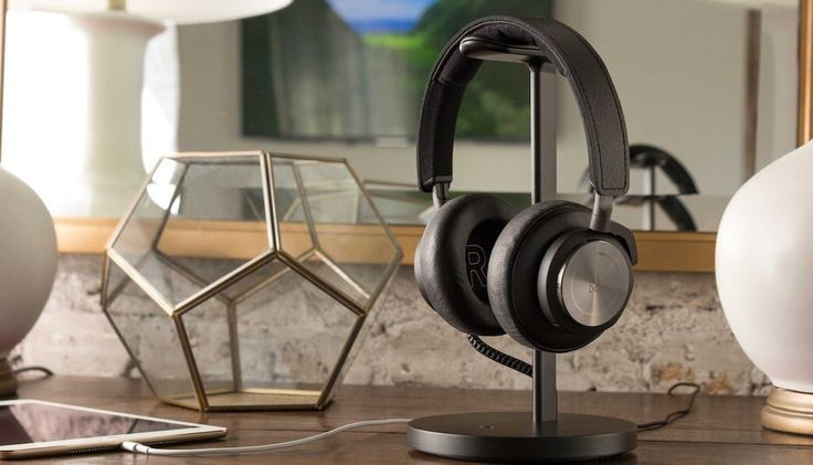 This stunning aluminum stand keeps your headphones off your desk and out of the way.
