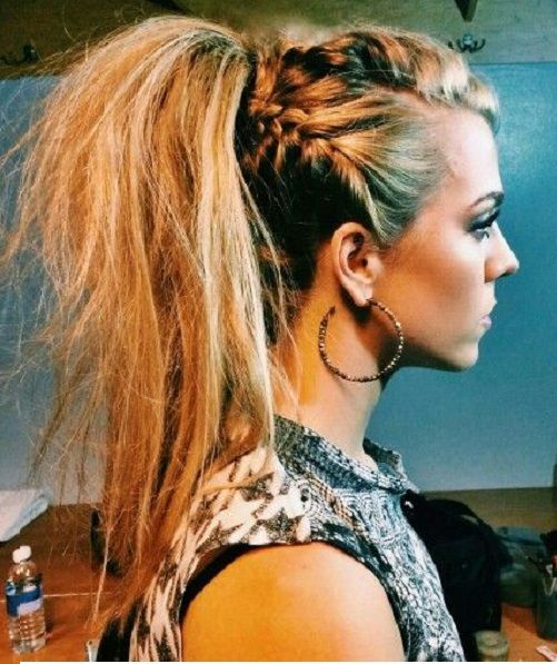 This Trend Is So Crazy Punk Braided Hair Trend Punk Braids Hair Style Long Hair Styles Funky Hairstyles Hair Styles
