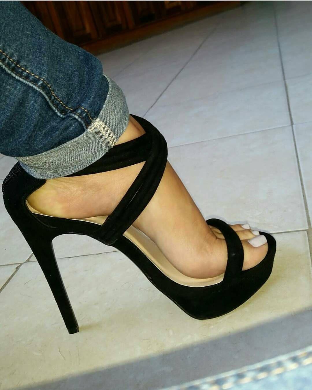 Sexy Schuhe für Frauen mit großen Füßen