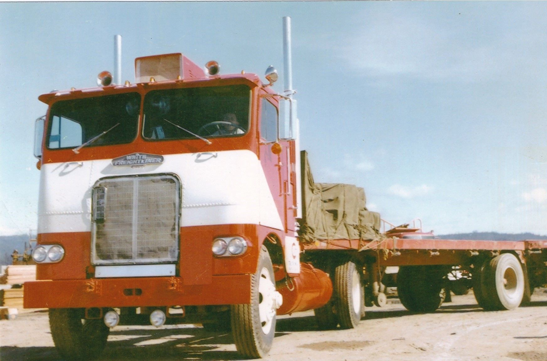 My Dad S Brand New 1961 Freightliner Powered By A Cummins V8 265 Freightliner Cool Trucks Old Trucks