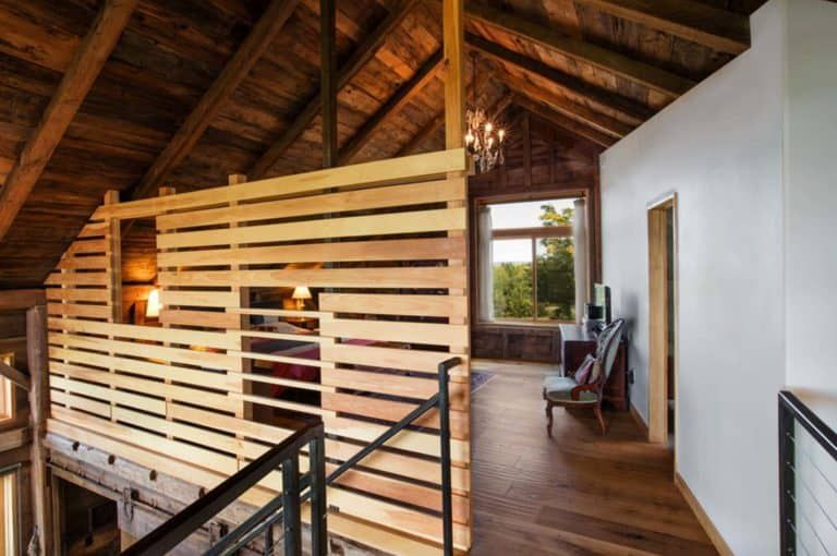 Carriage Barn Converted Into Breathtaking Guesthouse In