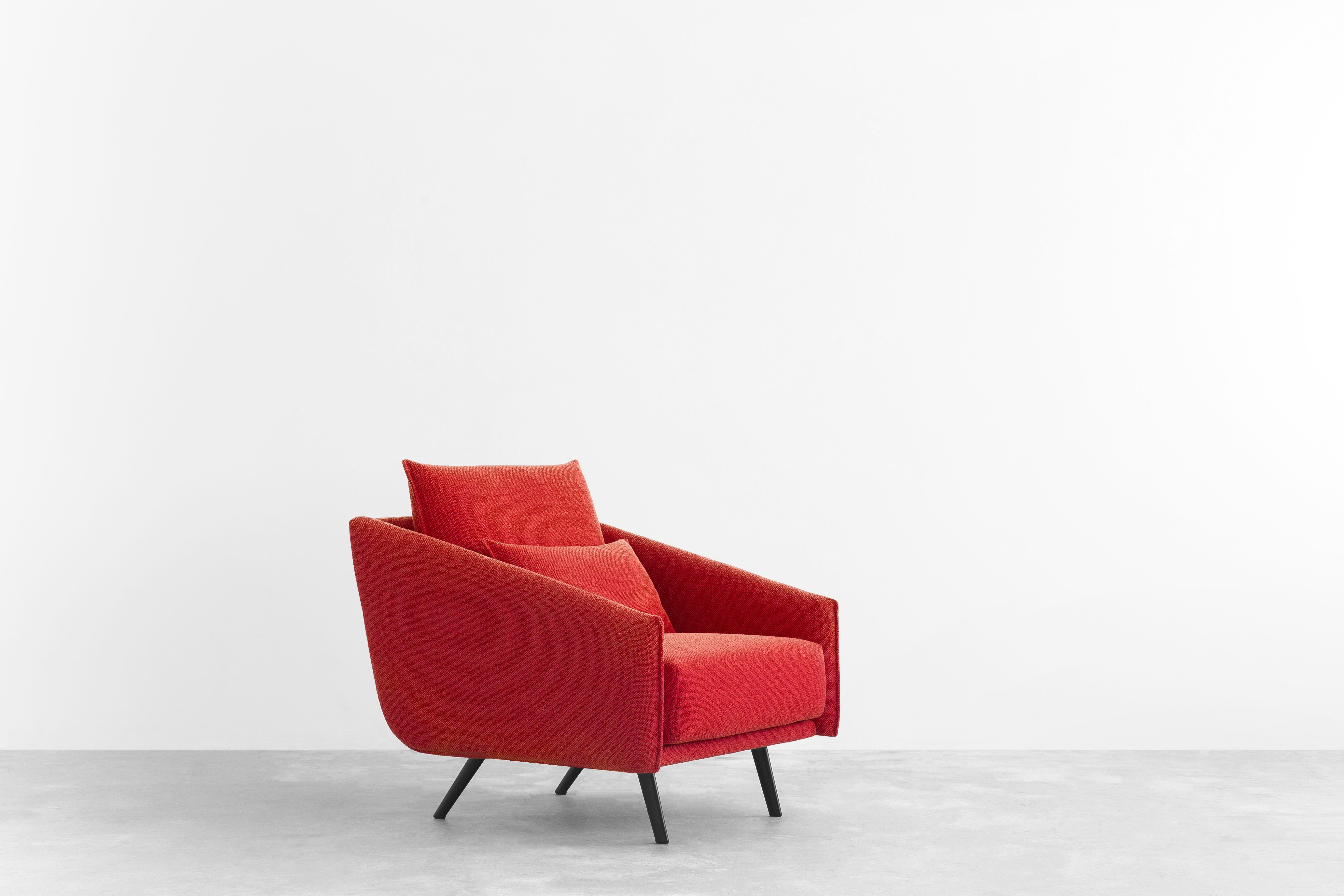 STUA Costura armchair, comfort with style. A Jon Gasca design. COSTURA: www.stua.com/design/costura