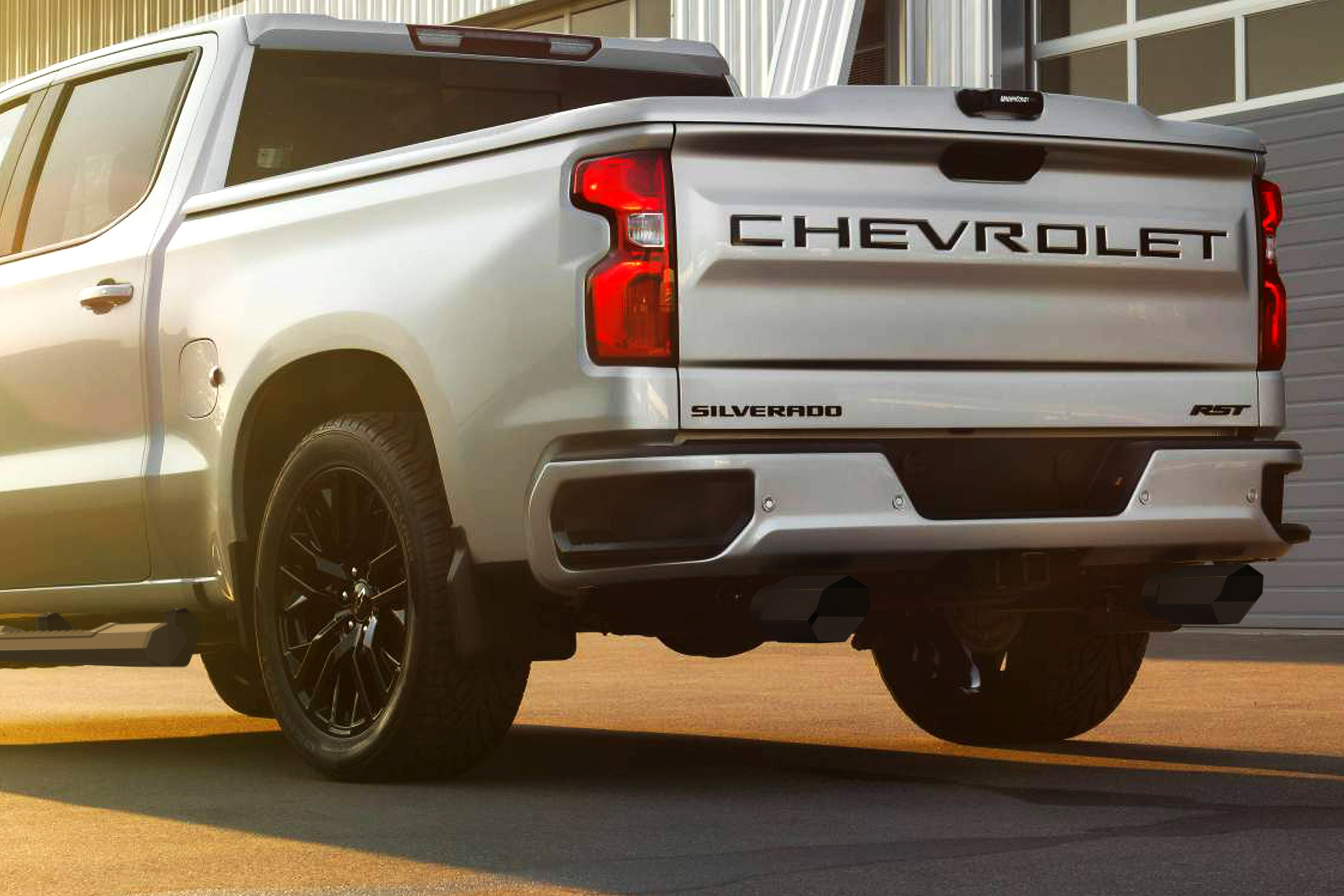 exhaust tips on the new 2019 chevy