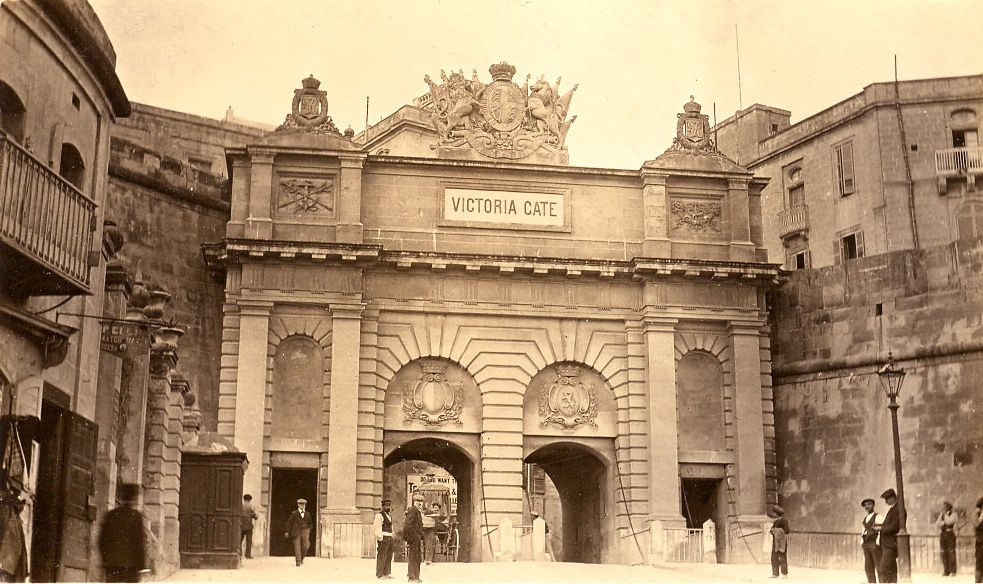 Victoria Gate Valletta Malta 1900 (Lea Francis Ellis) Tags: gate malta victoria 1900 valletta