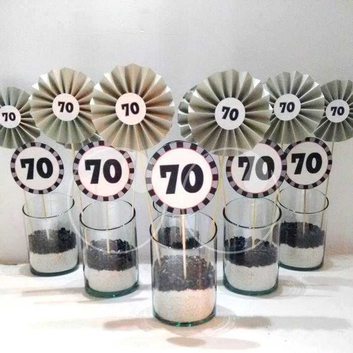 Centros de mesa para decorar el cumplea os 70 de un for Decoracion de mesa de cumpleanos