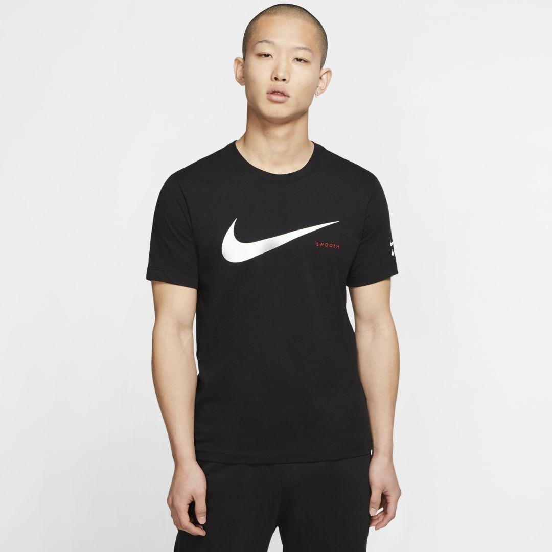 Nike Sportswear Swoosh Men's T Shirt (Black) | T shirt, Mens