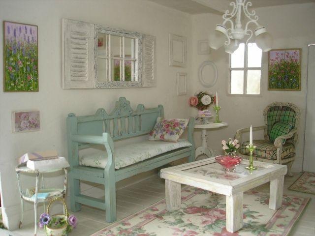 Holztisch Sofa Holz Polstermöbel Teppich Blumenmuster Flur - wohnzimmer weis shabby