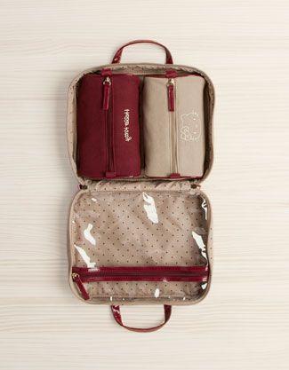 a5f104244839 Oysho - Neceser topos Travel Stuff