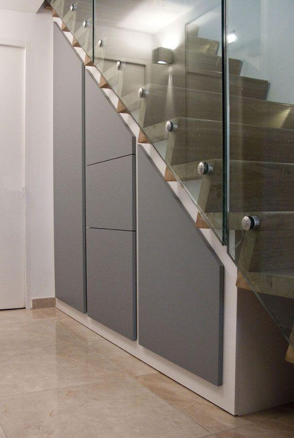 Placard sous escalier. Antoine Mazurier - ébéniste designer | Idées escalier, Dressing sous ...