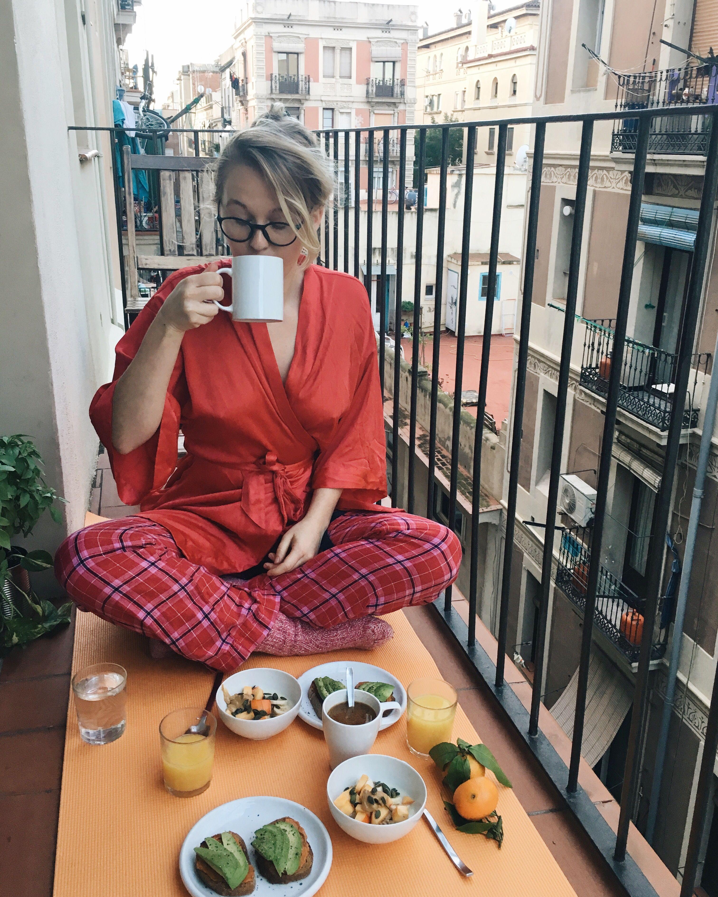 Balkong-frukost i Barcelona