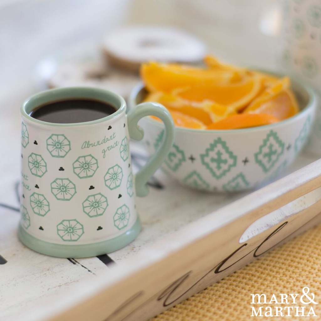 Our Beautiful Spring Ceramic Tableware Is 50 Off For A Limited Time Only Contact Your Consultant To Order Yours With Images Ceramic Tableware Tableware Martha