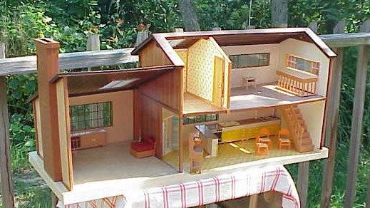 b1681611787963634cdf8c9249b019e9 - Tomy Smaller Homes And Gardens Dollhouse For Sale