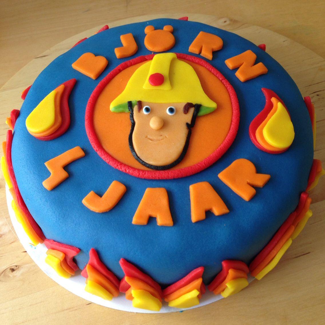 Super Brandweerman Sam marsepein taart.   Marsepein taarten in 2019 #HO52