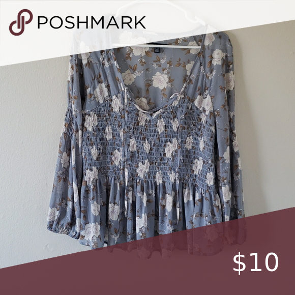 Photo of American eagle flower blouse Use blouse size medium American…