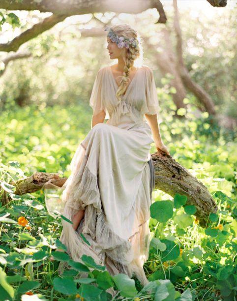 Картинки по запросу forrest gump jenny wedding dress ...