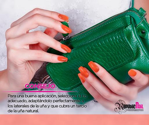 Chicas les compartimos este consejo para que sus uñas luzcan siempre increíbles y hermosas. #nail #nailart #naildesign #LacquerEvolution #Lacquer #RepublicNail