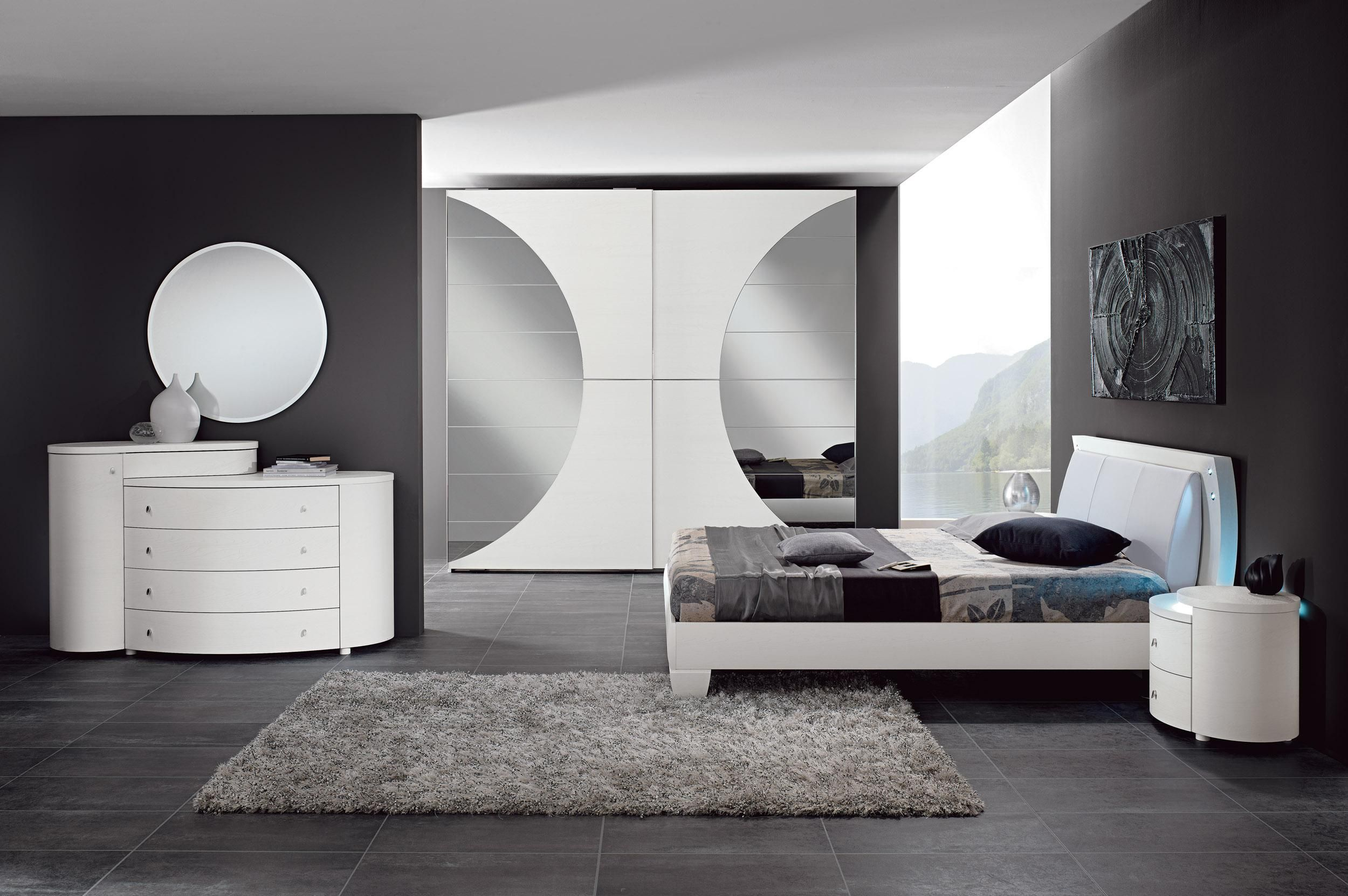 Made In Italy Leather Luxury Contemporary Furniture Set: Made In Italy Leather Design Bedroom Furniture. In