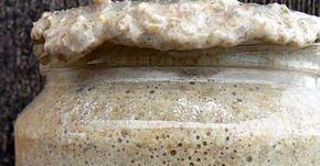 Sauerteig selber machen. Er besteht aus Mehl, Wasser, Sauerteighefepilzen, Milchsäure- und Essigsäurebakterien, die er sich aus der Luft holen kann. #kombuchaselbermachen Sauerteig selber machen. Er besteht aus Mehl, Wasser, Sauerteighefepilzen, Milchsäure- und Essigsäurebakterien, die er sich aus der Luft holen kann. #kombuchaselbermachen