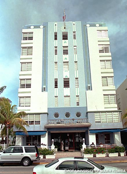 Park Central Hotel Which Was Built By 1937 And Designed Henry Hohauser South Beach Miami