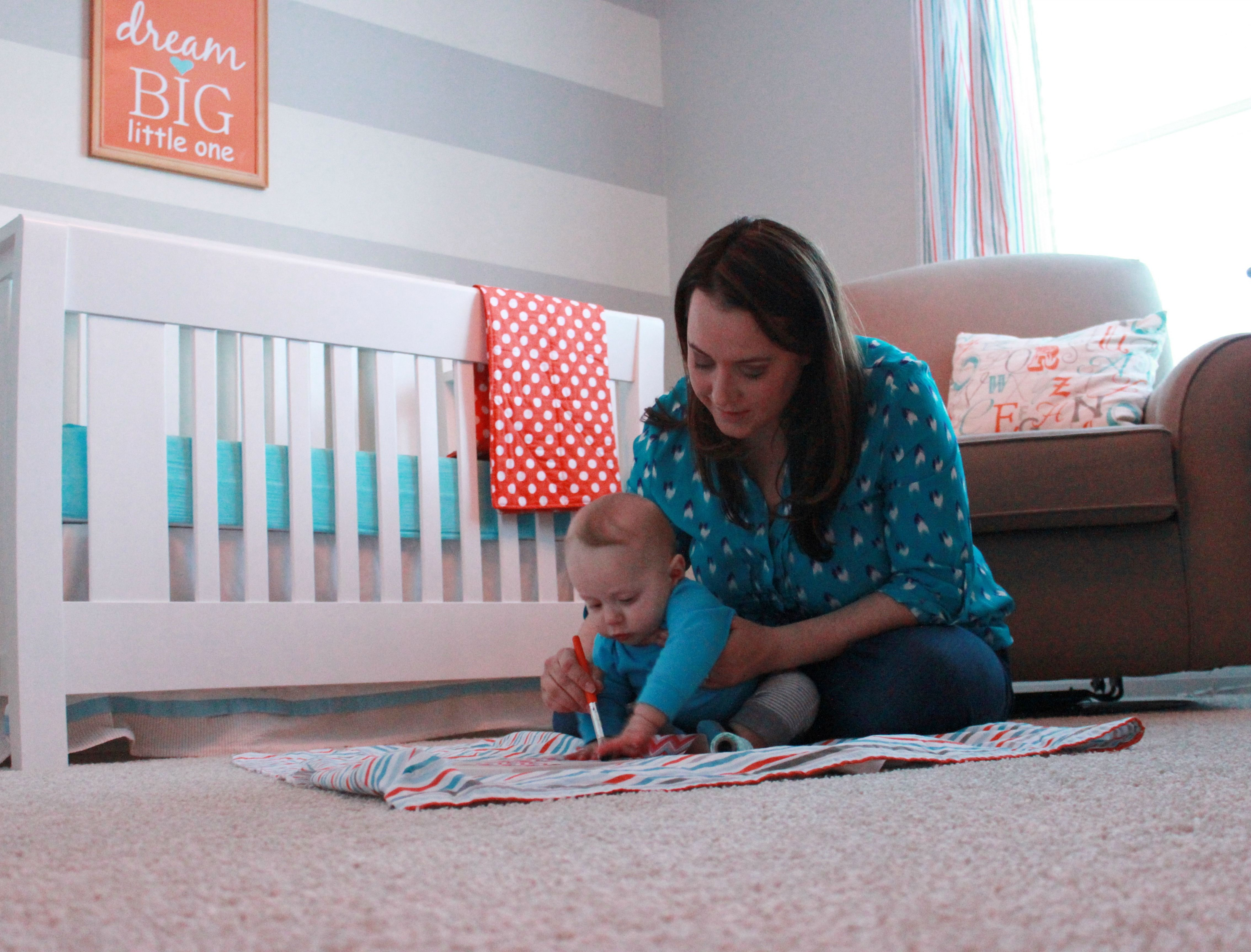 How This Mom Makes Time For Both Her Baby And Her Favorite