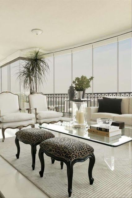 Un blog de decoraci n a mi manera christina hamoui a for Sillones para apartamentos pequenos