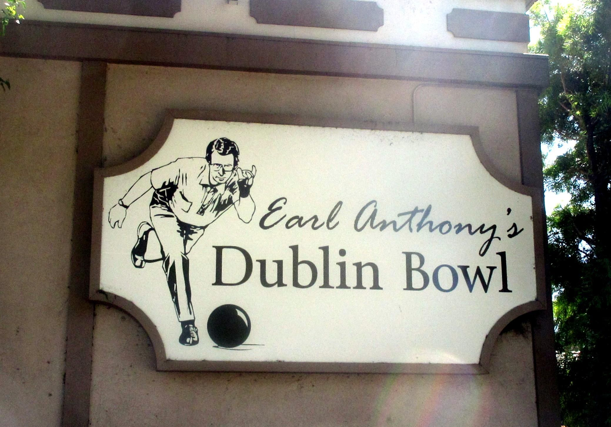 Earl Anthony S Dublin Bowl Ca Top Tips Before You Go With Photos Tripadvisor Trip Advisor Dublin Bowl