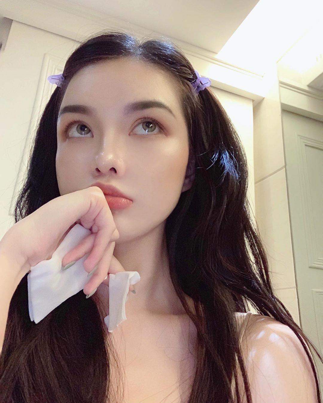 Instagram post by Moira • Jun 5, 2019 at 3:24pm UTC   Pretty korean girls,  Beauty girl, Cute korean girl