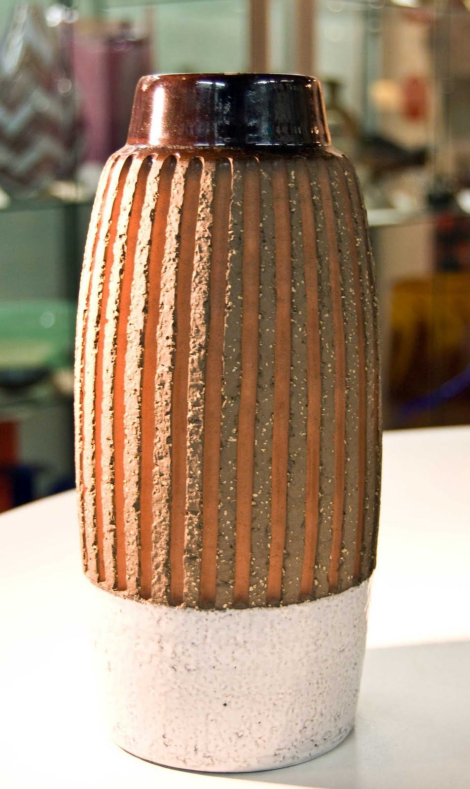 Retro Pottery Net: Circa - C20 Ceramics and Glass, Sydney