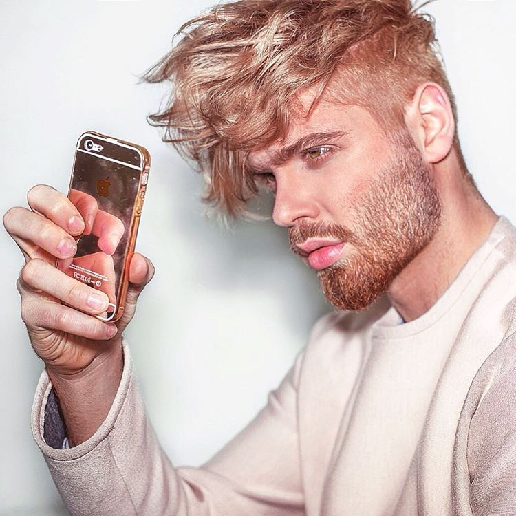 Rose Gold Men S Hair Color His Hairstyle Pinterest