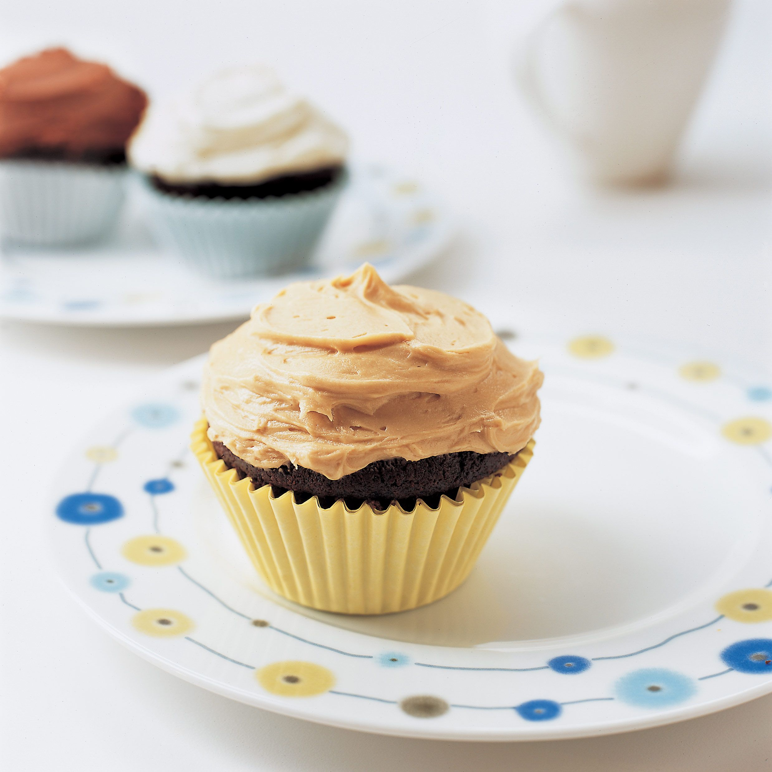 how much cocoa powder in chocolate cupcakes