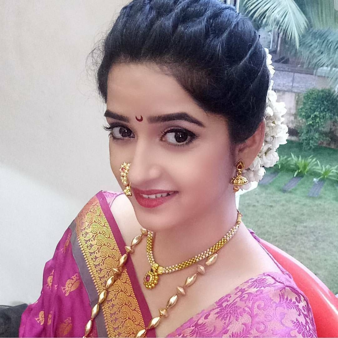 pin by parita suchdev on bride portraits | saree hairstyles
