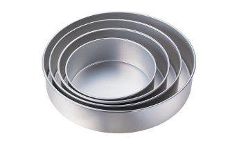 Wilton Metal Cookie Cutter Apple 3-Inch