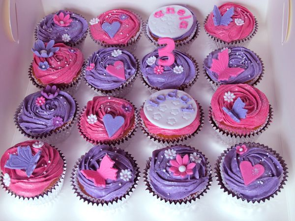pink and purple cakes cup cakes pink and purple