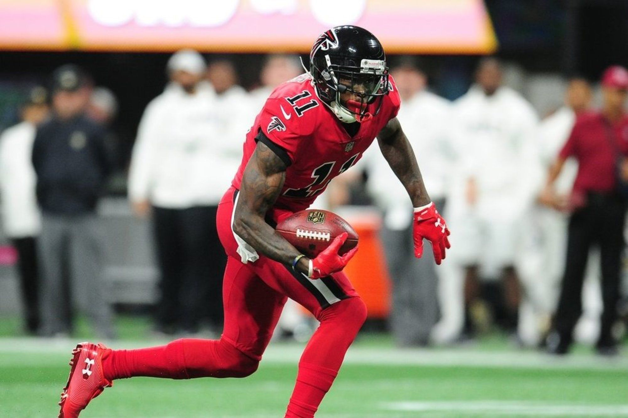 The Falcons Will Make The Nflnplayoffs This Year Thanks To New Defensive Success And Momentum From Wins Julio Jones Atlanta Falcons Julio Jones Falcons