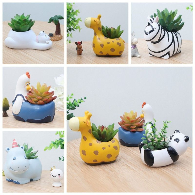 It S A Zoo In Here Animal Planters Hanging Flower Baskets