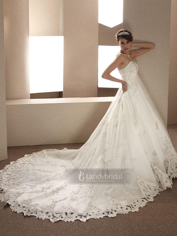 ウェディングドレス エンパイア カットレース ハートネック 豪華なデザイン チュール チャペルトレーン H1lbld0306