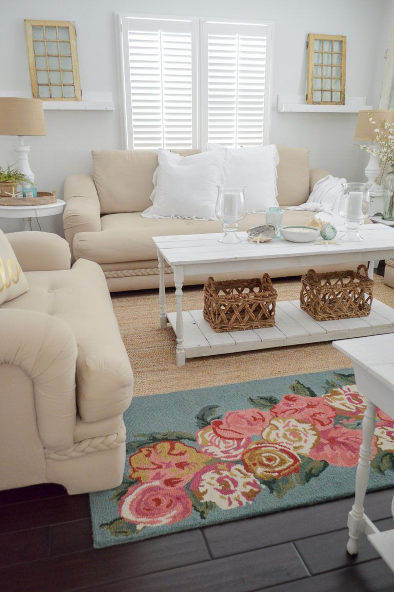 Simple Summer Decorating Ideas & Home Tour - welcome to our casual cottage living & dining room, decorated in neutral colors and zingy lemon! #farmtable #cottagestyle #livingroom #floralrug #diycoffetable #openconcept #bhg #hometour #decoratingideas #summerdecor