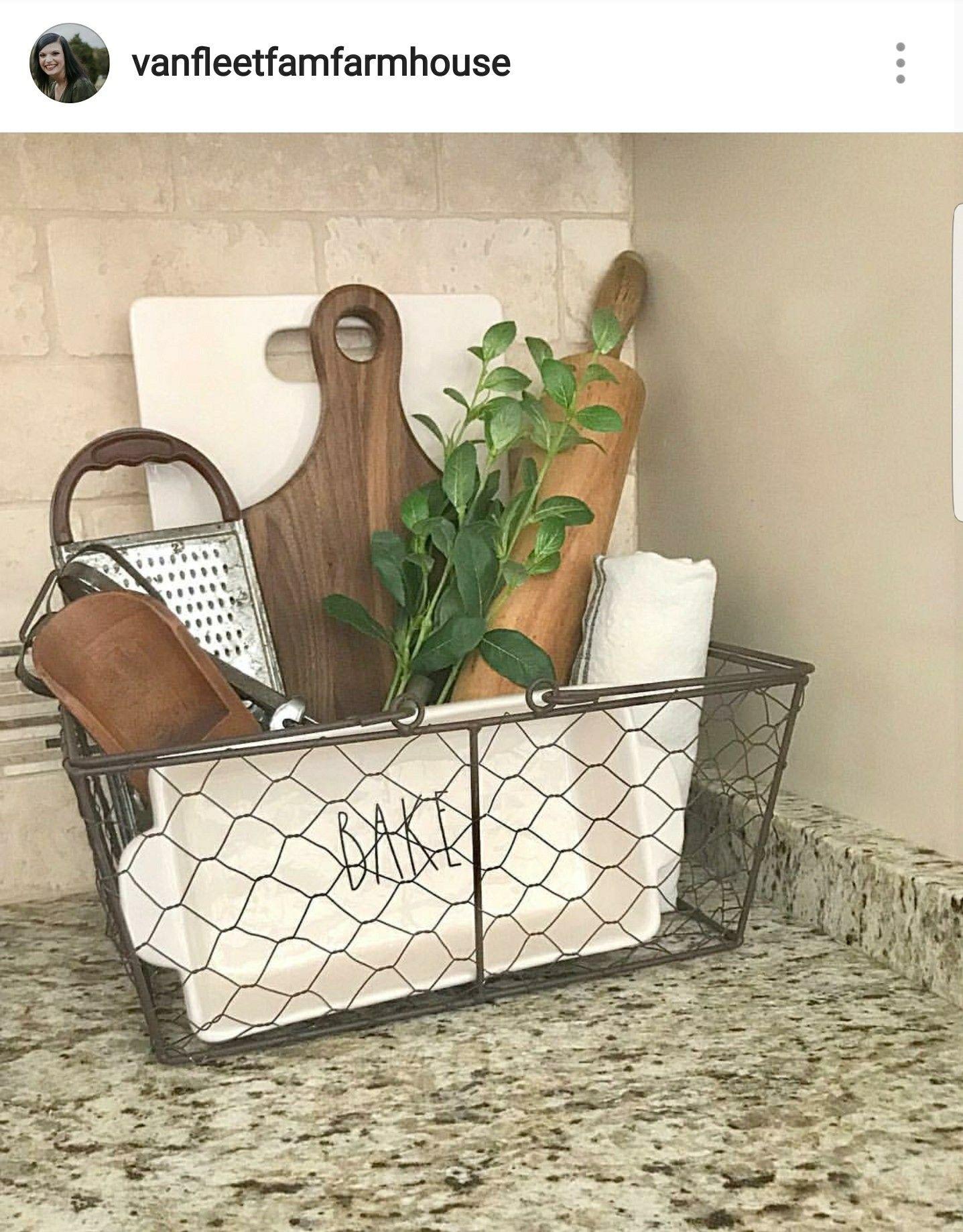 Cute En Wire Basket With Kitchen