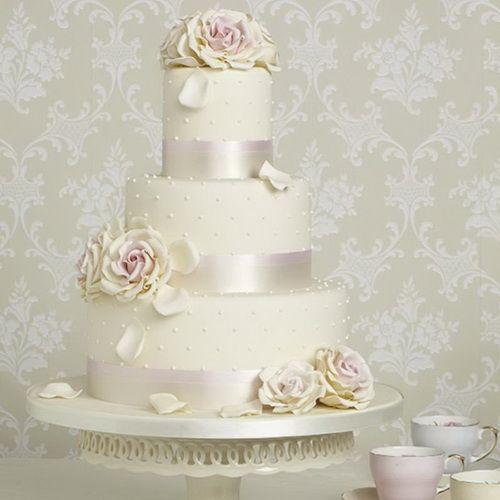 Elegant Roses Italian Wedding Cake Italian Wedding Cake Cakes
