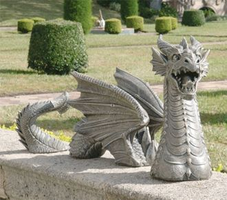 Elegant Garden Dragon (this Should Link Back To A Page With Other Weird Garden  Sculpture)