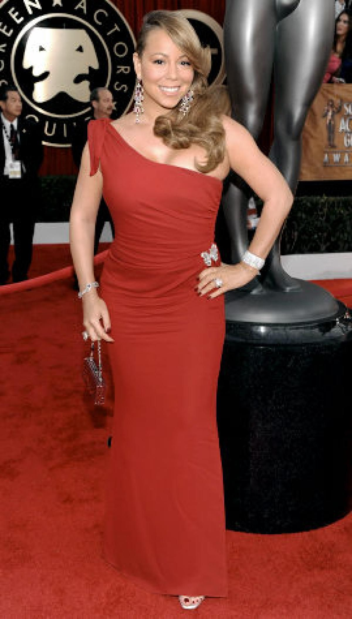 Mariah Carey Roter Teppich Mariah Carey Doesn T Look Particularly Precious In This Scarlet