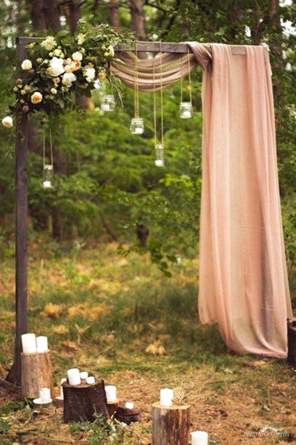 Wedding Outside: Thats what you have to think about when you celebrate in the forest / park #Hochzeit #Boho #Vintage #Tischdekoration #Candybar #Tischkarten #ideen