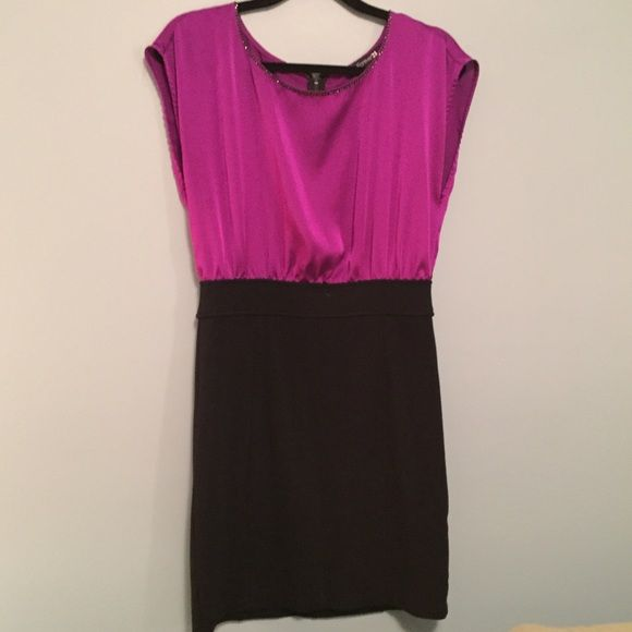 Forever 21 black and purple dress with zipper Super cute! Forever 21 Dresses