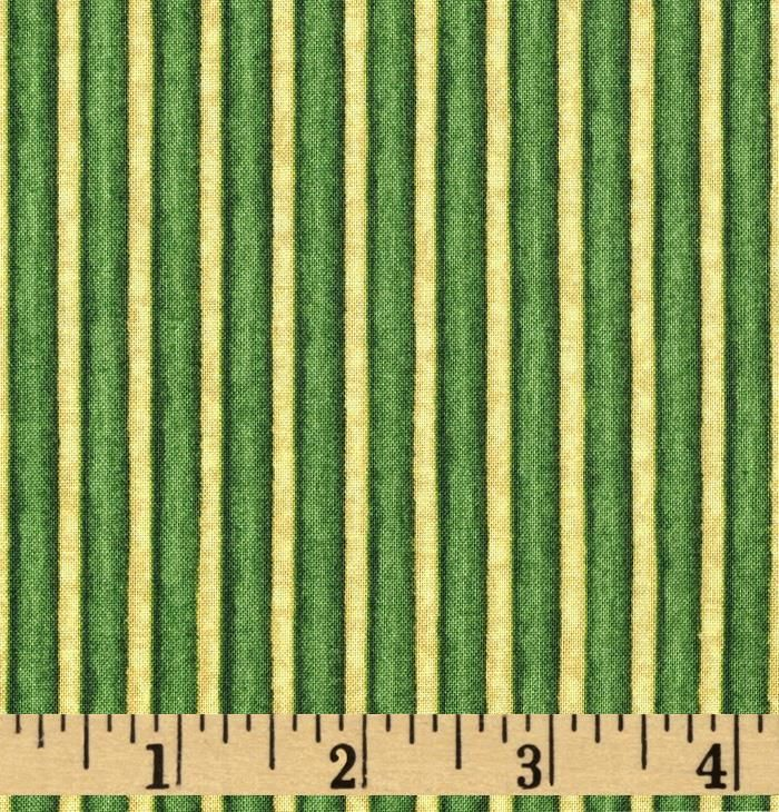 Christmas In Bloom Stripe Green/Gold from @fabricdotcom  Designed by cedar West for Clothworks, this cotton print fabric is perfect for quilting, apparel and home decor accents. Colors include green and gold.