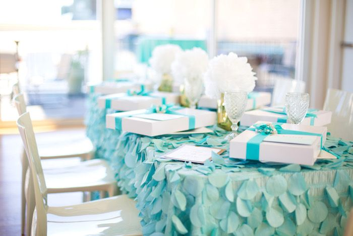 Guest Table From An Elegant Tiffany 39 S Inspired Birthday