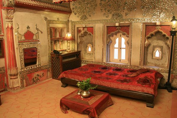 Traditional indian luxury bedroom traditional homes for Traditional home bedrooms